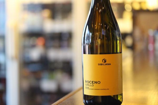 神田65ワイン「カンティーネ・エウロパ ロチェーノグリッノ2018」