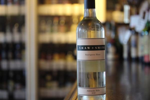 神田65ワイン「ショウ&スミス ソーヴィニヨンブラン2019」