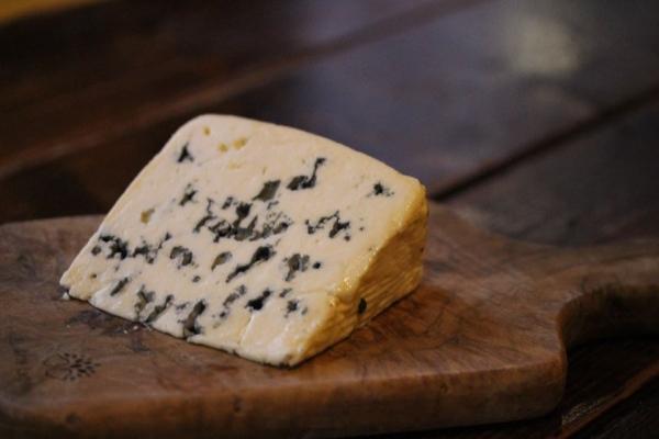 神田65チーズ「サンタギュール」